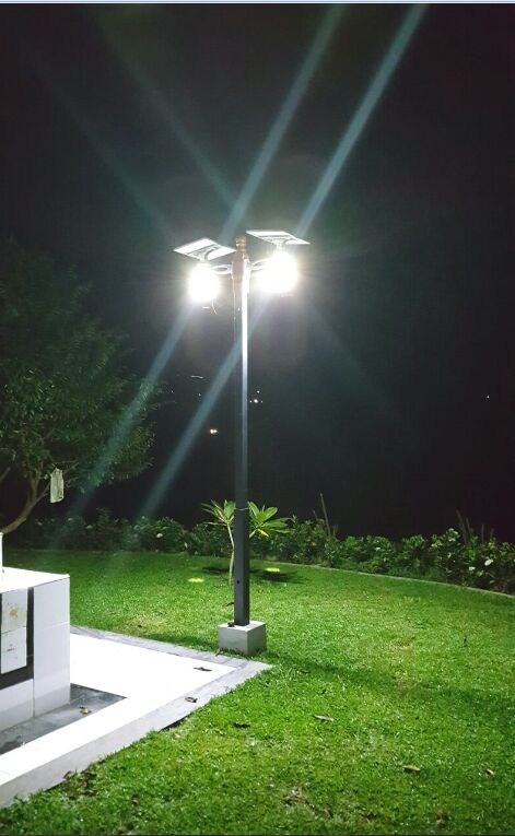 Outdoor All In One Solar LED Garden Lights IP65 8W 12w With LiFePO4 Battery
