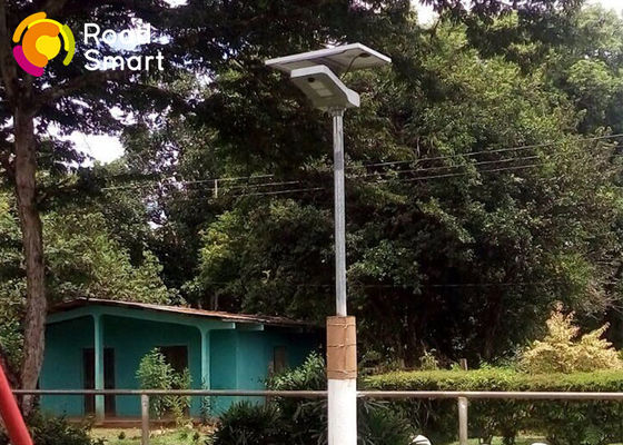 China Professional Solar Powered Led Pole Lights Motion Sensor For Yard / Garden supplier