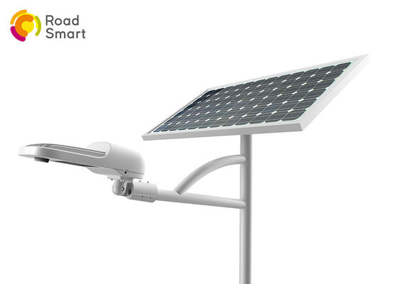 China 30/40 Watt Outdoor Led Parking Lot Lights Poly Crystalline Silicon Solar Panel distributor