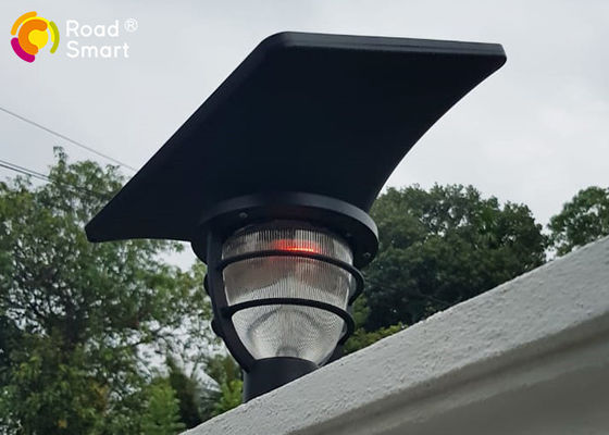 China Rohs CE COC Solar Powered Pole Lights Garden Mailbox Lamp With Lithium - Ion Battery factory